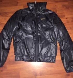 Куртка женская Reebok размер 44