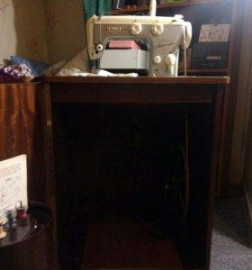 Швейная машинка кехлер зиг-заг автоматик.