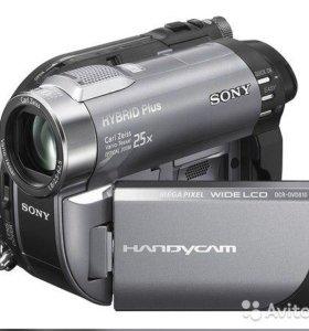Видеокамеру Sony DCR-DVD 810E