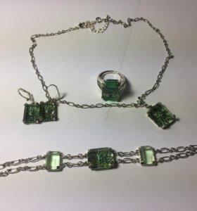 Комплект: серьги, кольцо, браслет и подвеска