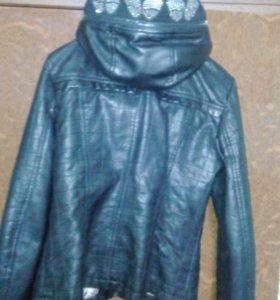 Куртка для девочки,кожазаменитель