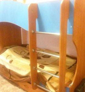 Кровать двухъярусная(с матрасами ортопедическими)