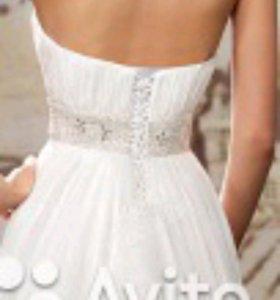 Свадебное платье Lovely Bride