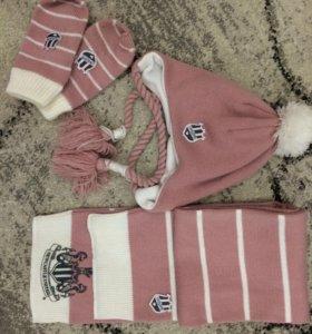 Шапочка на флисе, шарф и варежки в комплекте