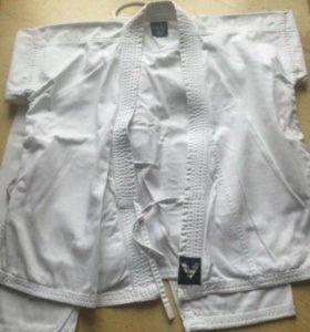Кимоно, перчатки и пояса