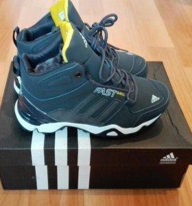 Ботинки Adidas Новые