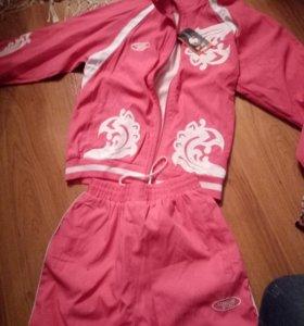 Спортивный костюм на девочку рост 152