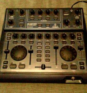 Behringer bcd 2000b control deejay