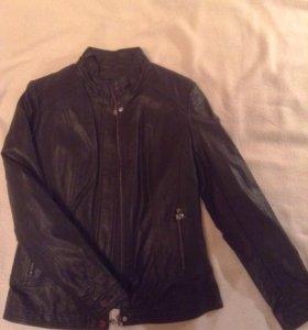 Куртка из кожзаменителя на тёплой подкладке