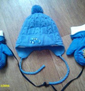 Зимняя шапка и варежки