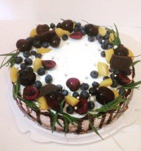 Праздничный торты на заказ
