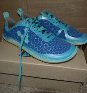 Новые легкие кроссовки Evo Pure