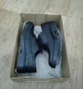 Туфли мужские. Новые кожанные 42 размер