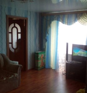 Продается 2-х комнатная квартира с мебелью.