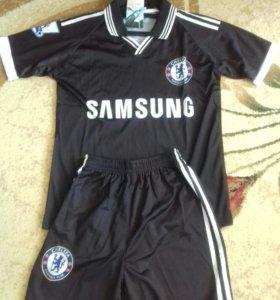 Футбольный костюм