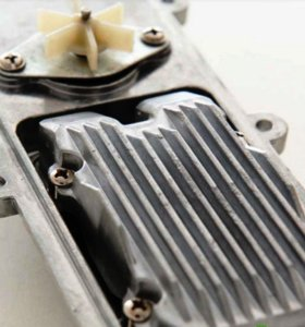Подогреватель двигателя с встроенной помпой