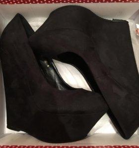 Туфли, черные