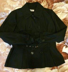 Куртка весна// осени , в отличном состоянии 44-46