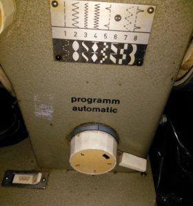 Машинка швейнаЯ с электроПЕДАЛЬЮ