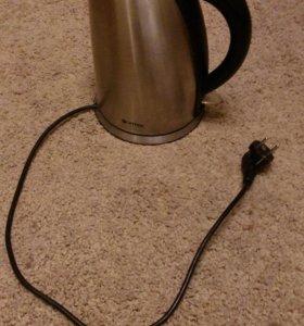 Чайник электрический Vitek 1.7л б/у