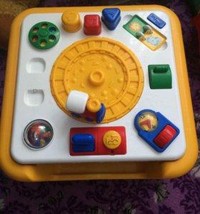 Детский развивающий столик (2 в 1)