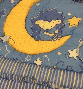 Бампер в детскую кроватку
