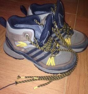 Ботинки Adidas clima proof