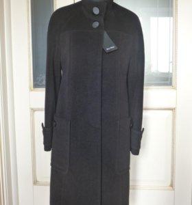 Демисезонное пальто 46-48 р-р