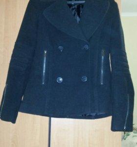 Пальто-пиджак, в идеальном состоянии