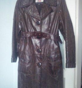 Пальто утепленное,  натуральная кожа,весна - осень