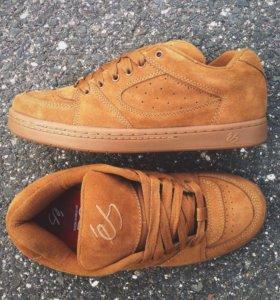 Новая скейтерская обувь Es Accel Og