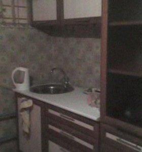 Продам кух.гарнитур 18тыс.и холодильник 15тыс.