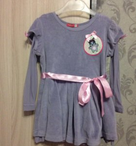 Продам платье на девочку 1 год,фирма Пеликан