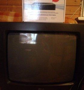 Телевизор LG + цифровая приставка Oriel