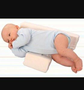 Подушка для  поддержки новорожденного