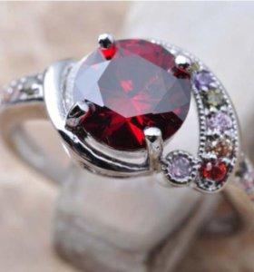Кольцо женское с камнями рубин фианит циркон