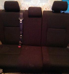 Задние сидения тойота королла 120