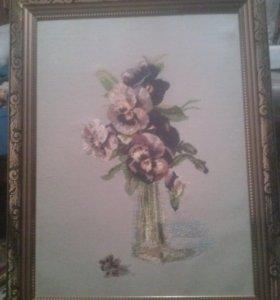 """Вышитая картина """"Фиалки в вазе"""""""