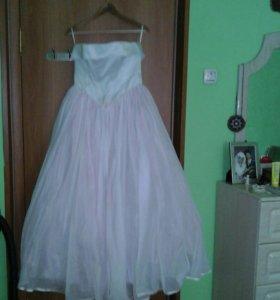 Платье свадебное  корсет от 44- 46 без лямок