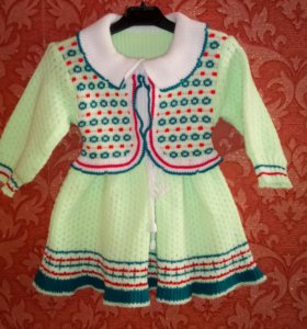 Нарядное тёплое платье