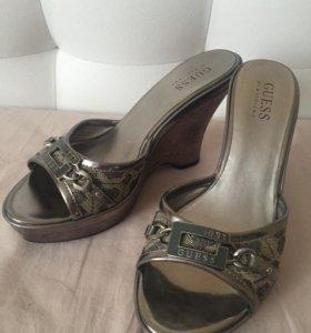 Новые босоножки (туфли) Guess