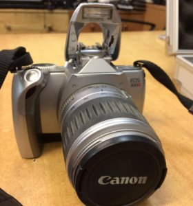 Зеркальный фотоаппарат Canon EOS300V