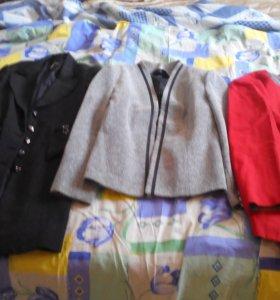 Пиджаки женские