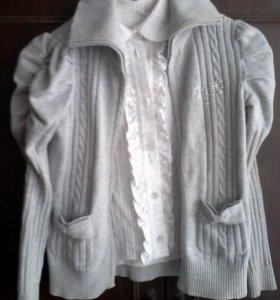Блузка и кофта.