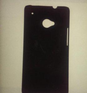 Чехол на HTC One M7 пластиковый прорезиненный