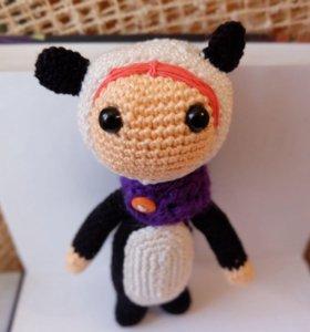 Куколка в костюме панды