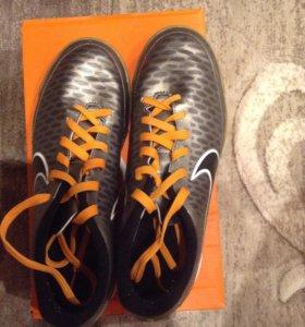 Кроссовки Nike размер 38,5