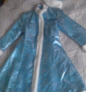 Новый костюм снегурочки - 2 шт.