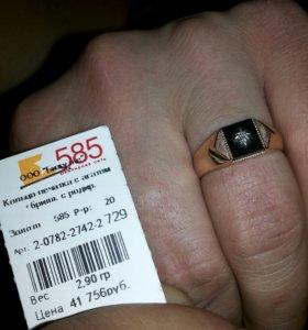 Печатка - кольцо + бриллиант и агат.