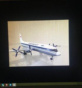 Модель самолёта ИЛ-18